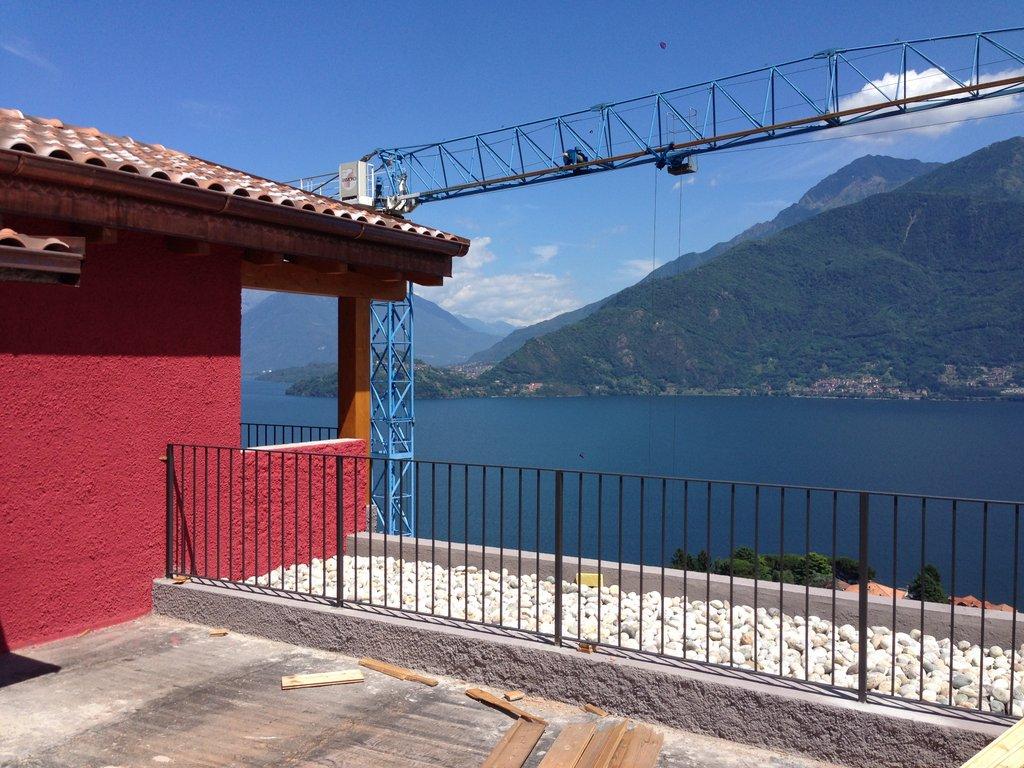 Comer See Pianello del Lario Wohnung mit Schwimmbad renoviert
