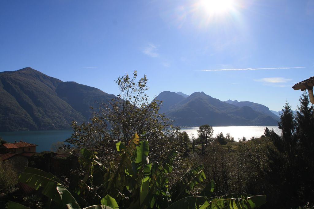 Comer See San Siro Immobilien mit Seeblick