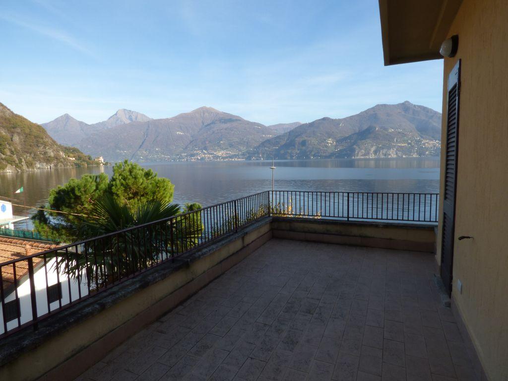 Comer see menaggio wohnung seeufer mit terrasse for Wohnzimmer 45qm