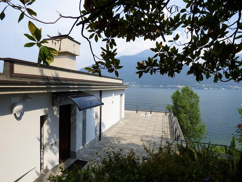Comer See Pianello del Lario Villa direkt am see mit Pool