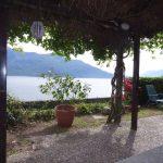 Comer See Domaso Stein Haus mit Garten und Seeblick sonnig