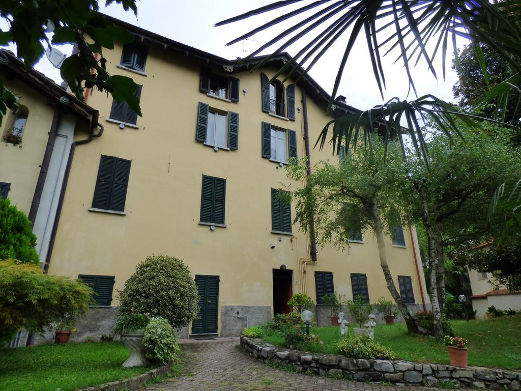 Comer See Tremezzo Wohnung mit Gemeinschaftsgarten –
