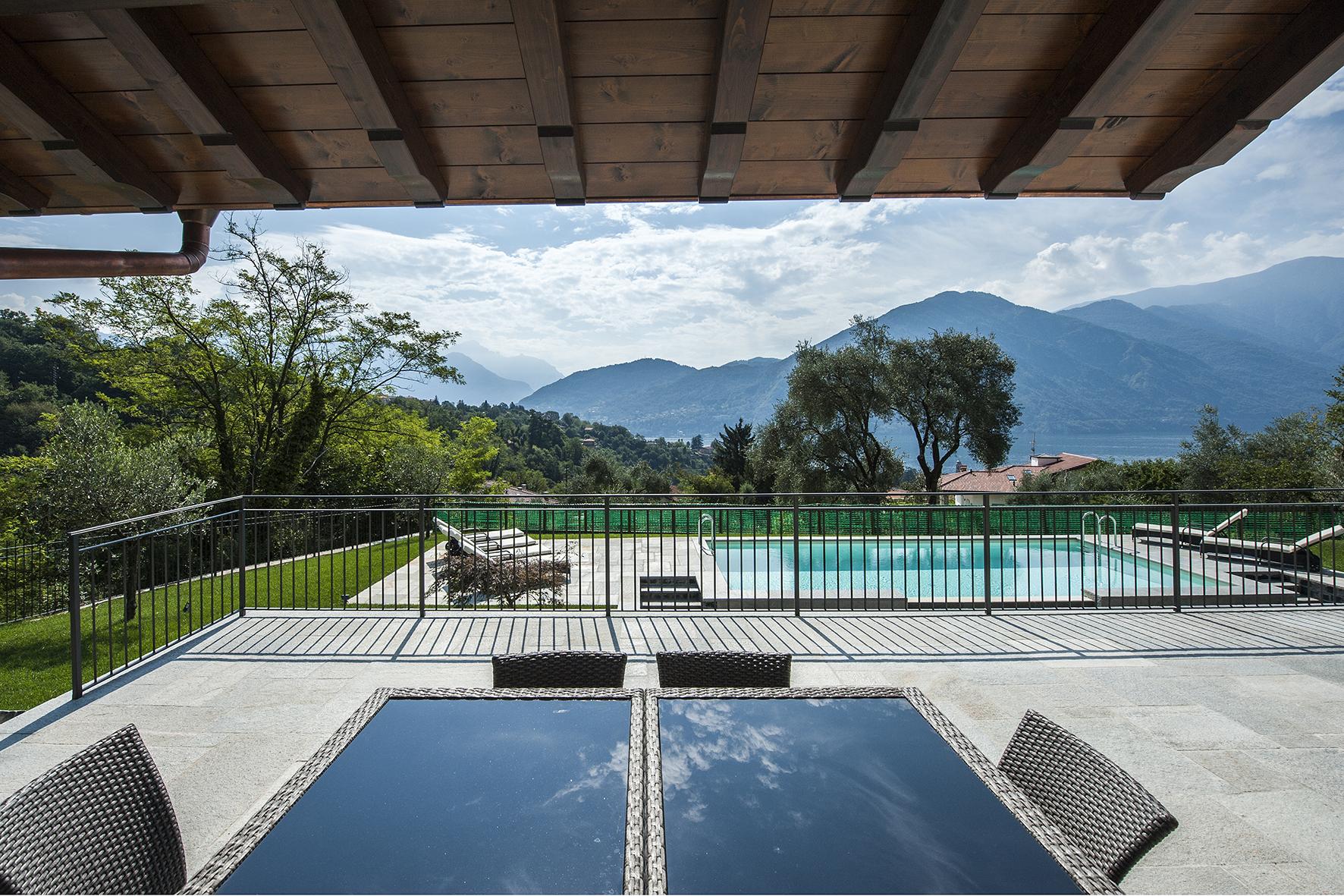 comer see tremezzo freistehende villa mit schwimmbad garten und seeblick. Black Bedroom Furniture Sets. Home Design Ideas