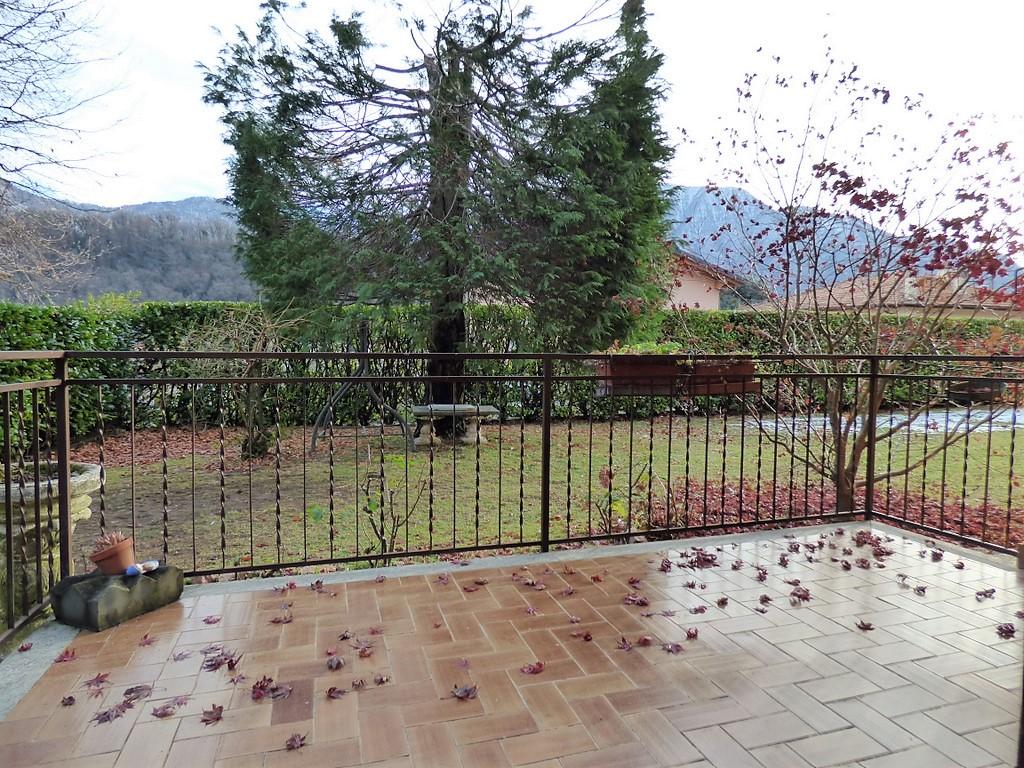 Comer See Lenno Apartment mit Balkon und Garten