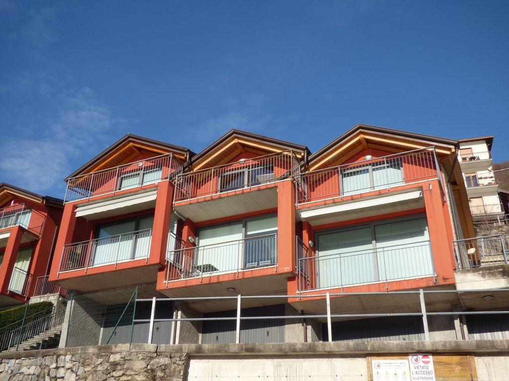 er See Gera Lario Haus mit Terrasse und Seeblick