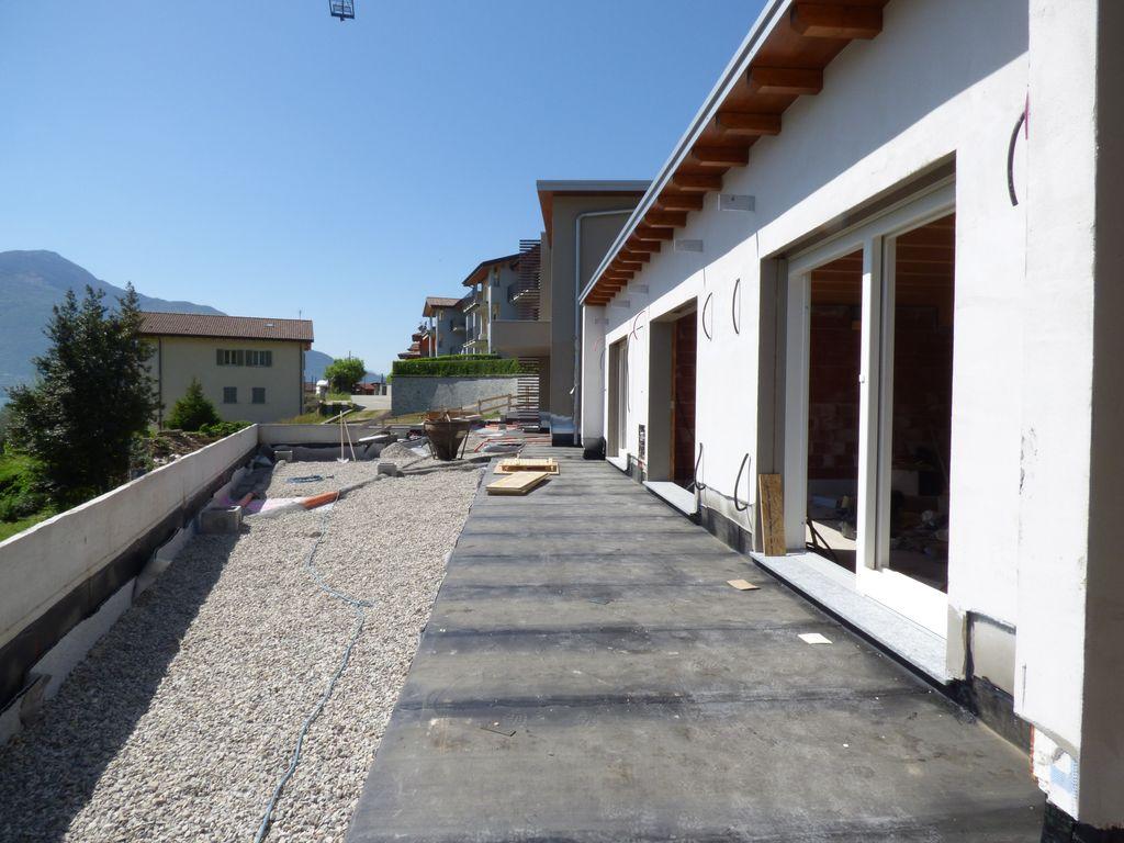 Comer See Gera Lario Wohnung Moderner Residenz mit Pool