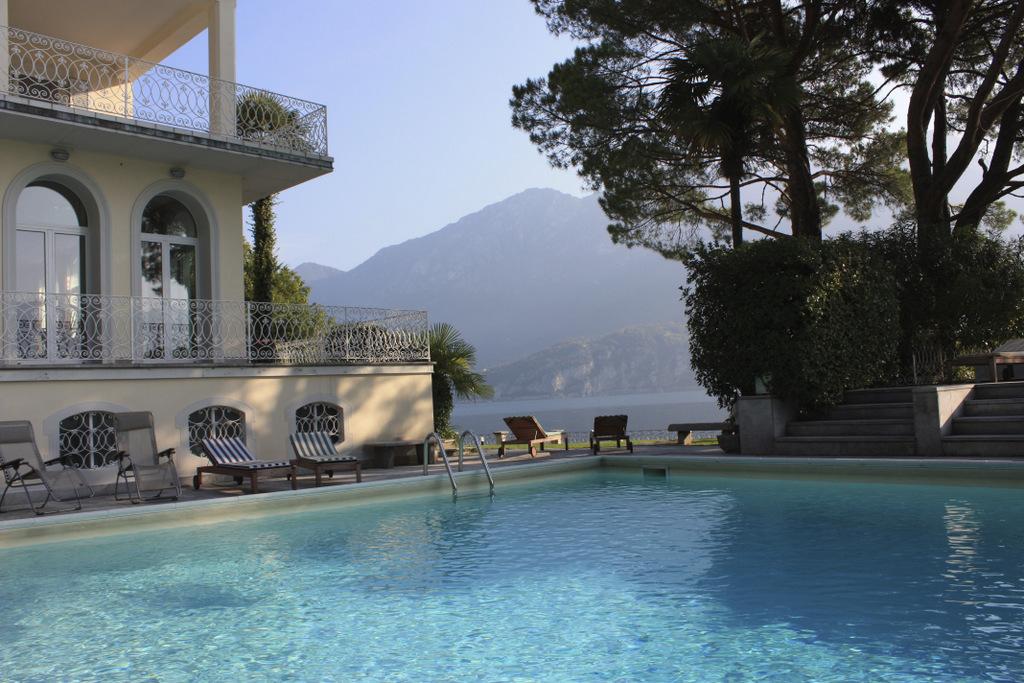 Comer See Bellagio Luxus Villa Direkt am See