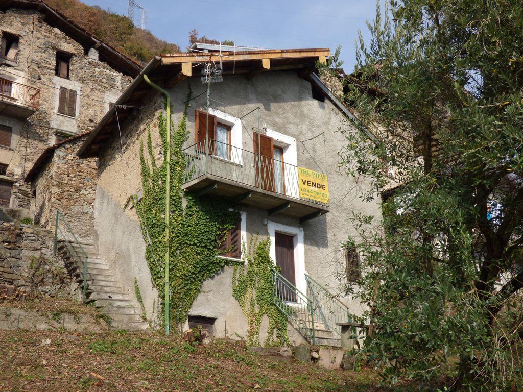 Comer See Gravedona ed Uniti Haus mit Seeblick