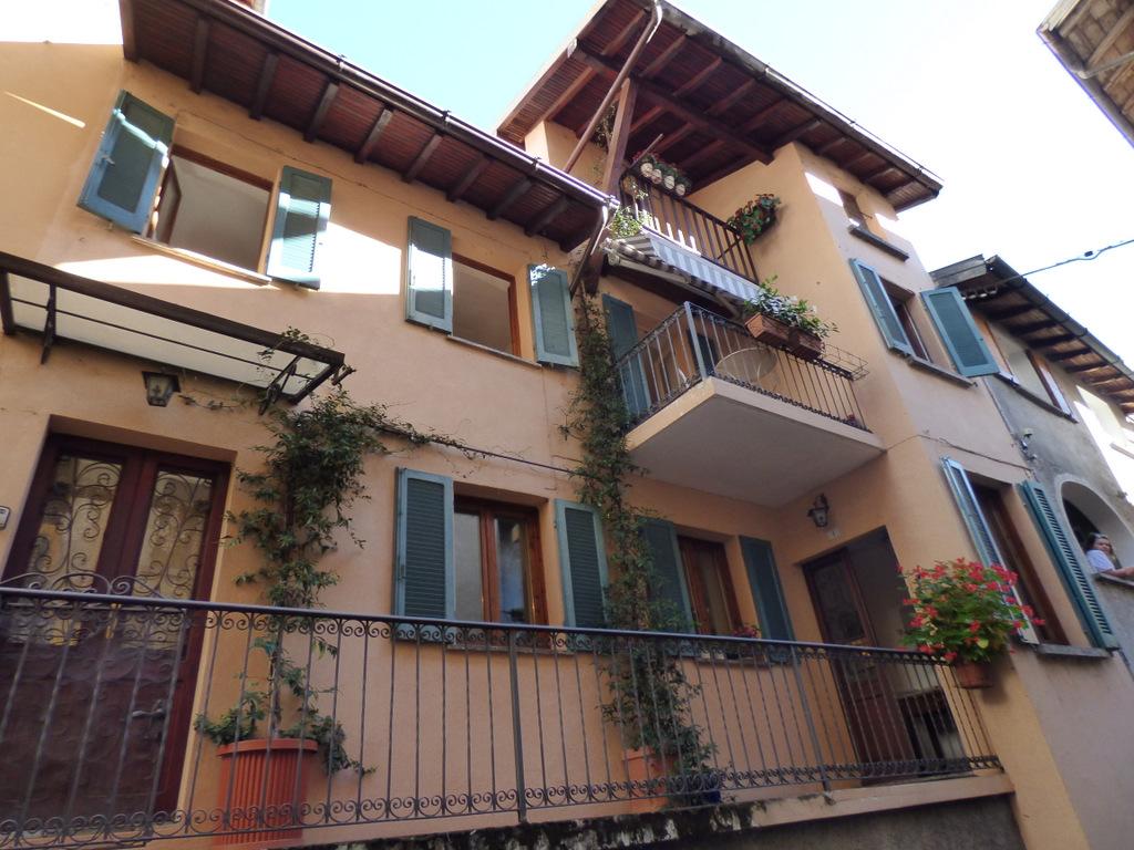 Comer See Haus mit Balkon Sala Comacina