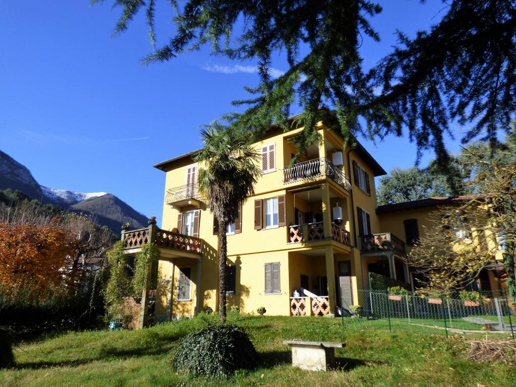 Comer See Grandola ed Uniti Wohnung mit Land