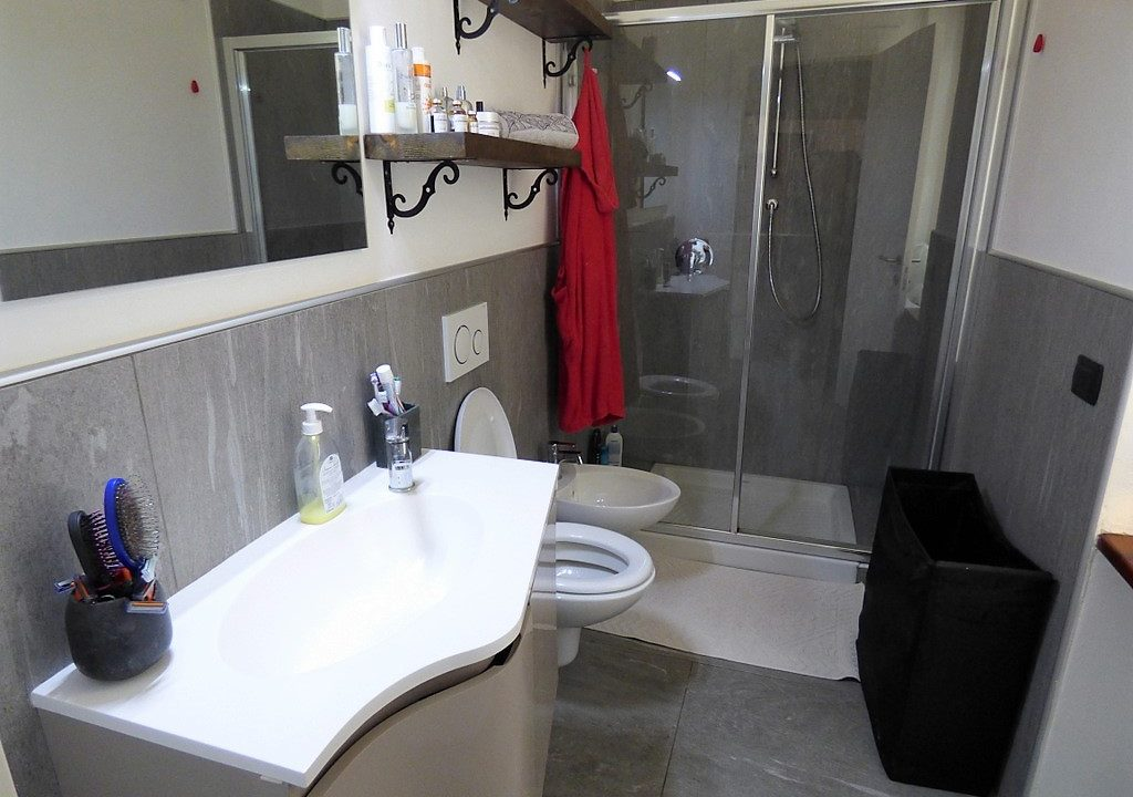 Comer See Dizzasco Wohnung mit Seeblick - Badezimmer