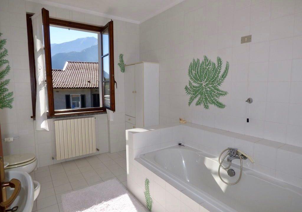 Villa Indipendente Gravedona ed Uniti Lago Como Rif.C059-1 --47_rid