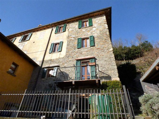 San Siro House mit Seeblick