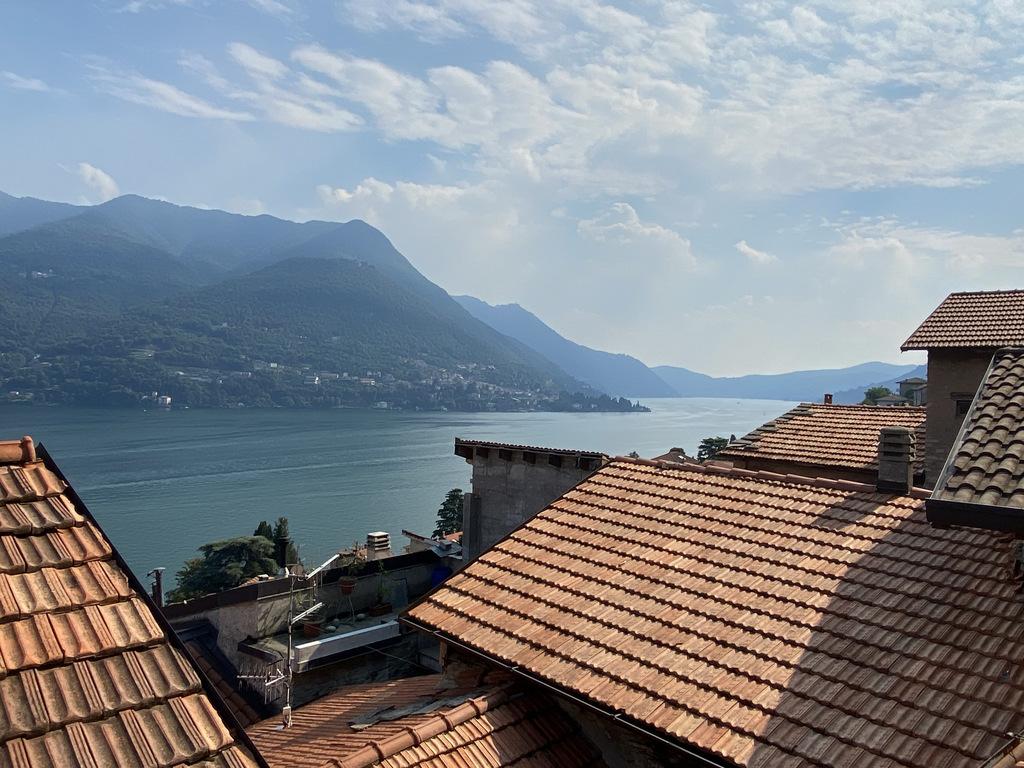 Comer See Haus Carate Urio mit Terrasse und Seeblick