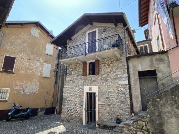 Comer See Tremezzina Haus mit Balkon