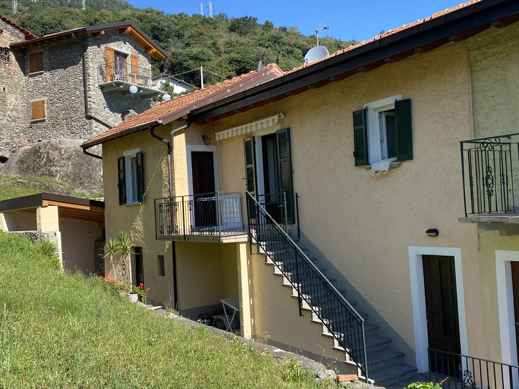 Comer See Cremia Haus mit Terrasse
