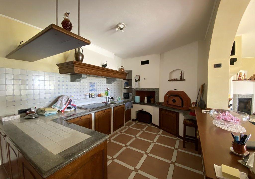 Comer See Domaso Villa mit Schwimmbad und Seeblick - kuche