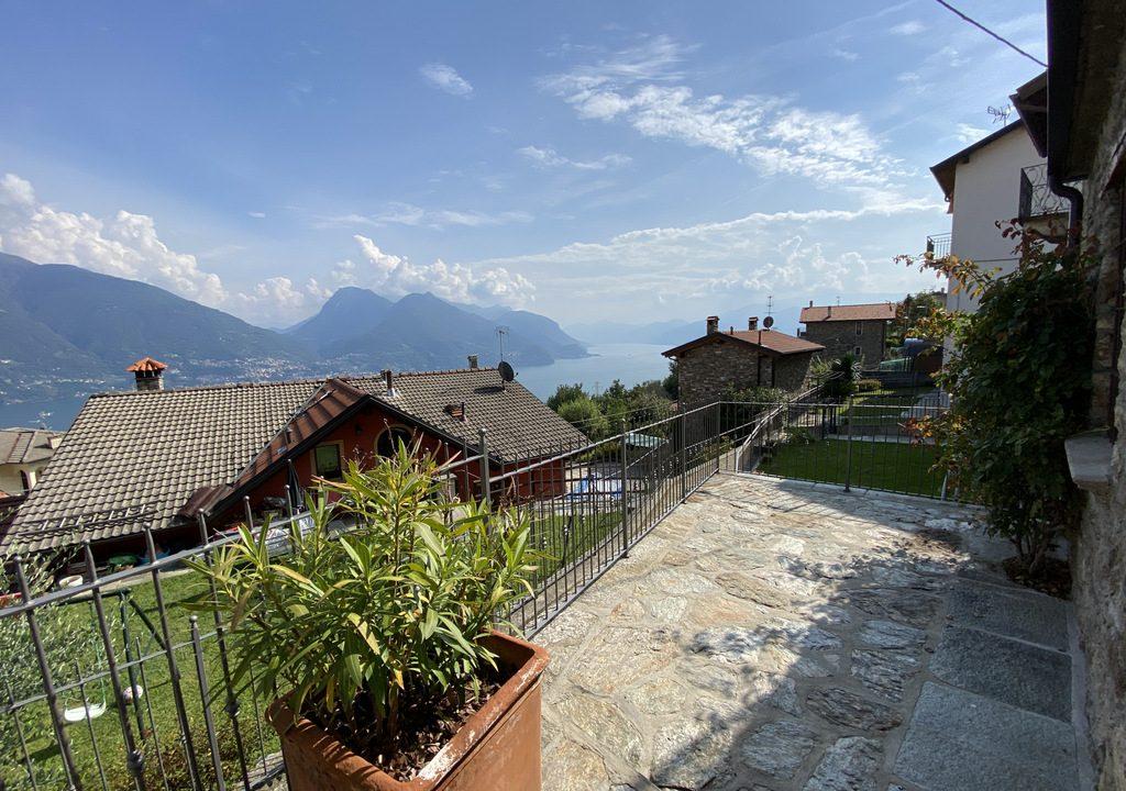 Comer See San Siro Haus mit Terrasse und Seeblick - sonnig