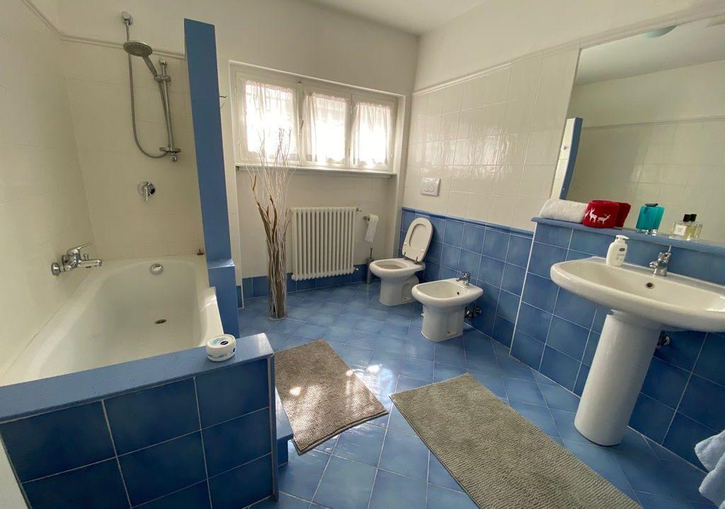 Comer See Argegno Villa mit Seeblick - bad