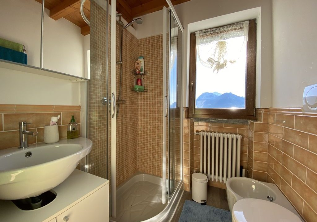 Comer See San Siro Renovierte Steinhäuser Seeblick - bad