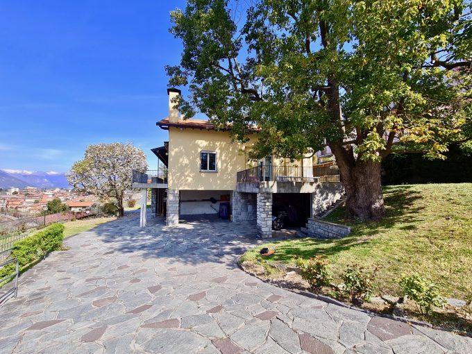 Comer See Mandello del Lario Villa mit Seeblick