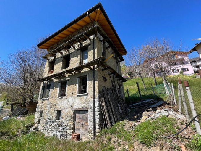 Comer See Rustico zur Renovierung mit Seeblick - garten