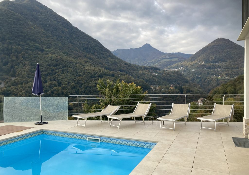 Comer See Argegno Villa mit Pool, Garten und Seeblick