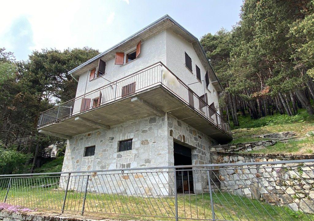 Comer See Sorico Hügelig Haus mit Garten