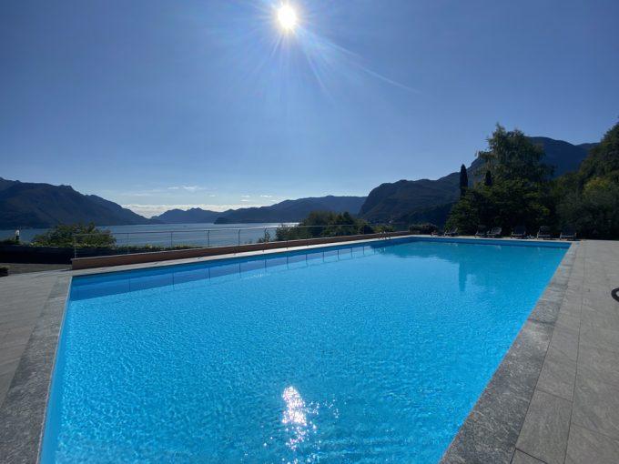 Comer See San Siro Wohnung mit Terrasse, Seeblick und Schwimmbad - pool
