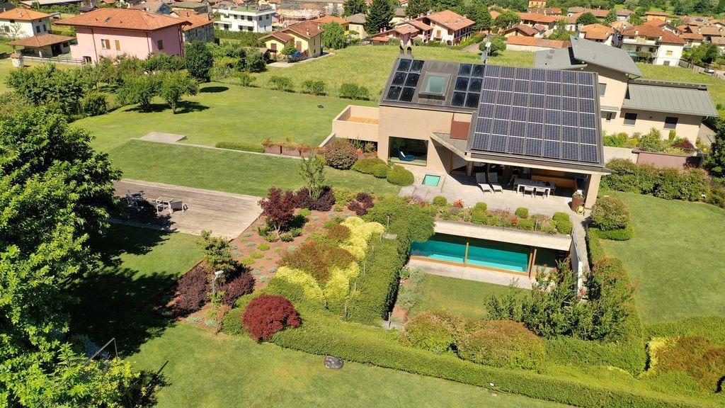 Comer See Colico Villa mit Schwimmbad